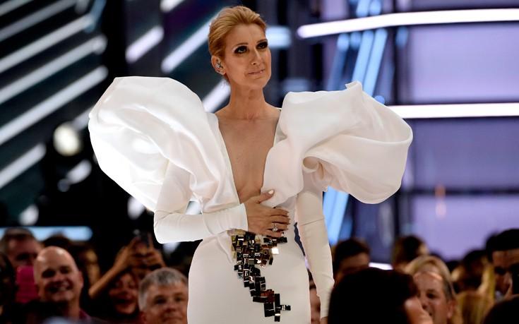 Η Celine Dion τραγουδάει τον Τιτανικό είκοσι χρόνια μετά
