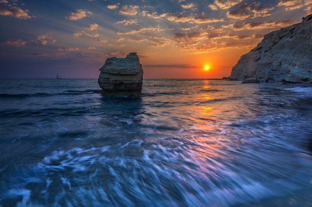 Ματιές στην Ελλάδα: 10 Μαγευτικά ηλιοβασιλέματα εκτός από αυτό της Σαντορίνης