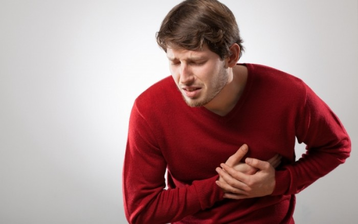 Τρία παράδοξα σημάδια που προειδοποιούν για πρόβλημα στην καρδιά