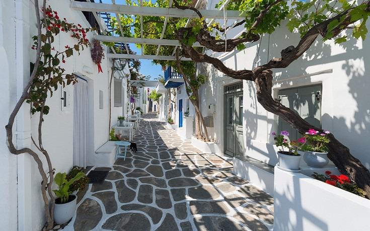 10+4 Λόγοι για να επισκεφτείς τα ελληνικά νησιά σύμφωνα με το Conde Nast Traveler