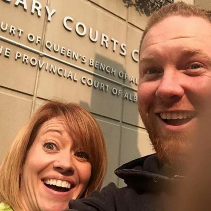 Νέα μόδα στο instagram: Χωρίζουν και βγάζουν selfie...ευτυχισμένοι