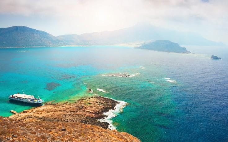 Η παραλία της Κρήτης που θυμίζει...Καραϊβική!