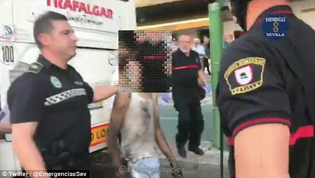 Απίστευτο: Νεαρός ταξίδεψε 230 χιλιόμετρα κρυμμένος κάτω από ένα... λεωφορείο