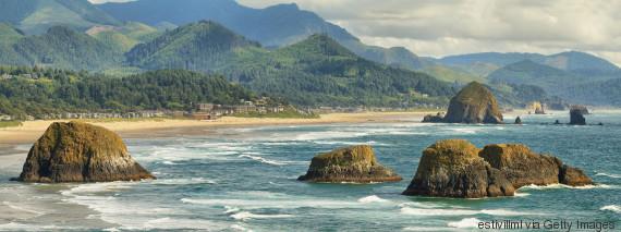 Οι 11 ομορφότερες παραθαλάσσιες πόλεις στον κόσμο, για ονειρεμένες (και ήσυχες) διακοπές