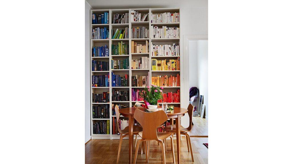 Rainbow Rooms -Οταν η βιβλιοθήκη αποκτά μοναδικό χαρακτήρα και πολύ χρώμα