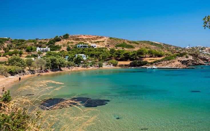 Πέντε λιλιπούτεια ελληνικά νησιά που πρέπει να εξερευνήσετε αυτό το καλοκαίρι